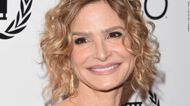 Kyra Sedgwick says she isn't invited back to Tom Cruise's house