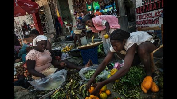 The Sunday market in the main street of Jacmel.