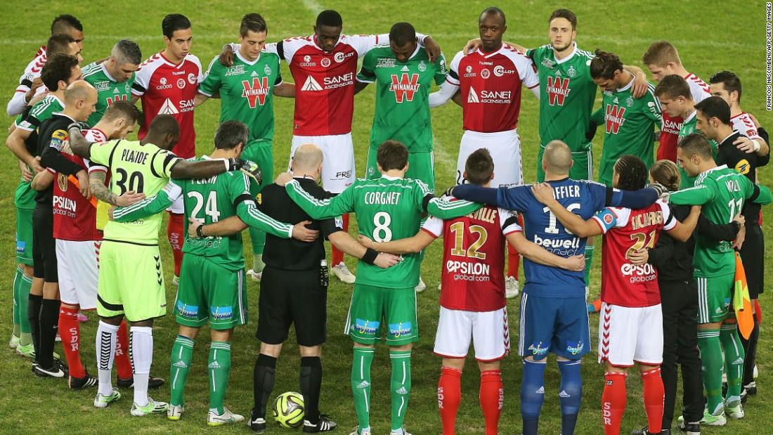At the Auguste Delaune stadium, the players of Reims and Saint-Etienne's stood side-by-side in a circle before the Ligue 1 clash between the two sides on Saturday evening.