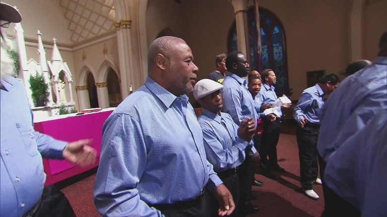 Man starts choir for homeless men