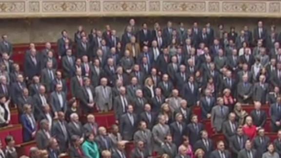 paris terror attack french lawmakers sing national anthem_00001129.jpg