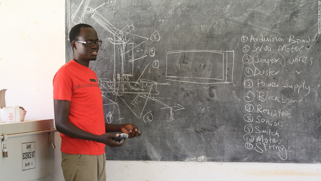 Amateur roboticist Solomon King Benge founded Fundi Bots in August 2011 to teach young students how to create robots that help solve local issues.