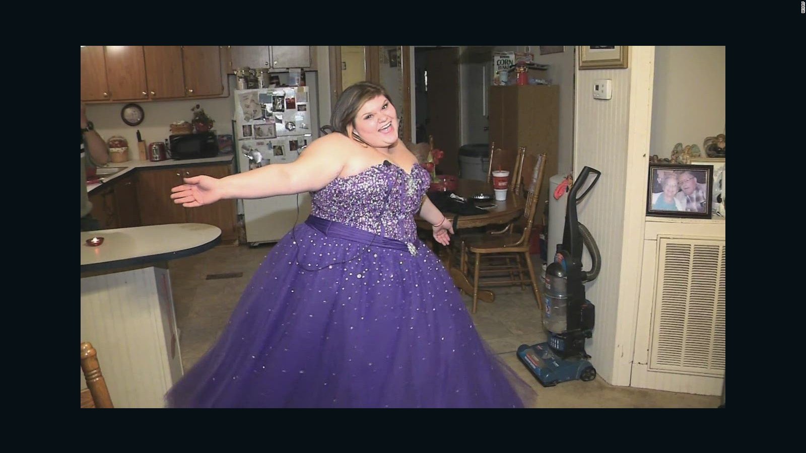 Teen Fat Shamed When She Tried To Sell Prom Dress Cnn Video