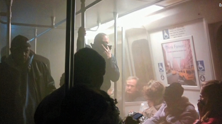 Slow response to D.C. subway scare raises questions