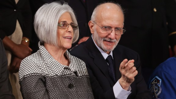 Gross, who had been held in Cuba since 2009, and his wife, Judy Gross, at the speech.