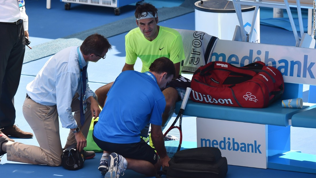 The trainer also visited Roger Federer. He had a hand issue and thought he might have been stung by a bee.