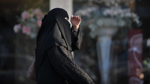 Experts say the clarification on the kingdom's religious police's abilities to arrest will affect women the most.