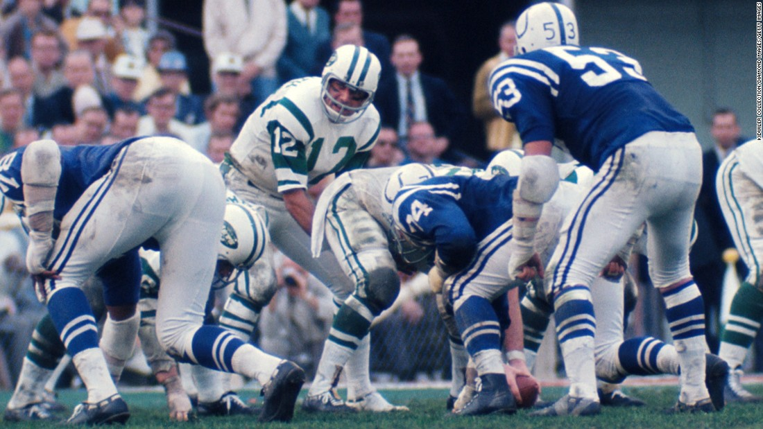 The New York Jets came into Super Bowl III as 18-point underdogs, but quarterback Joe Namath famously guaranteed that his team would upset the Baltimore Colts. After Namath led the way to a 16-7 victory, he was named the game's Most Valuable Player.