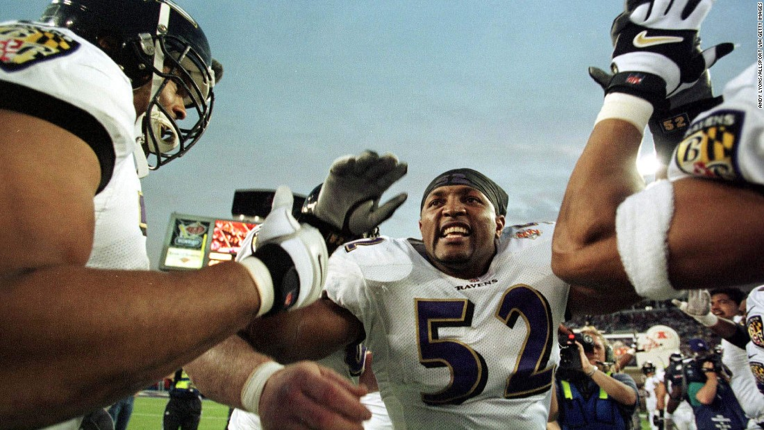 One year after a high-powered offense won the Super Bowl, it was a suffocating defense that won in 2001. MVP linebacker Ray Lewis set the tone for a Baltimore Ravens team that shut down the New York Giants en route to a 34-7 victory.