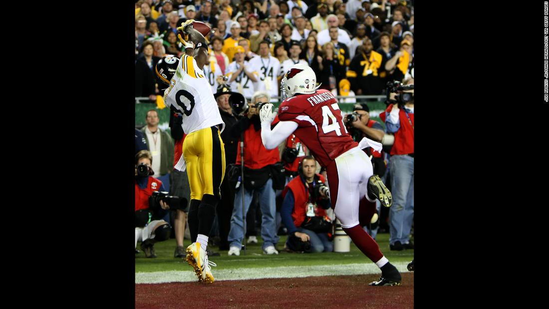Pittsburgh wide receiver Santonio Holmes grabs the game-winning touchdown as the Steelers rallied late in the fourth quarter to beat Arizona 27-23 in Super Bowl XLIII. Holmes finished with nine catches for 131 yards.
