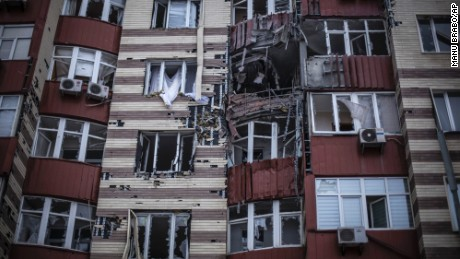 Residents of Donetsk struggle to survive