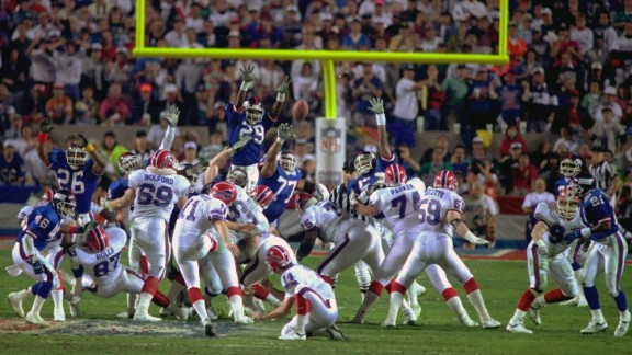 Smallest margin of victory in a Super Bowl: Buffalo kicker Scott Norwood missed a 47-yard field goal as time expired, and the New York Giants beat the Bills 20-19 in 1991.