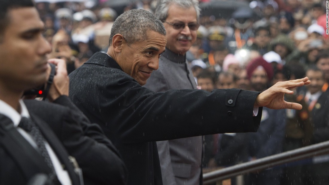 Obama waves as he arrives at the Republic Day parade on January 26.