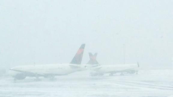Flight attendant Lia Ocampo told CNN