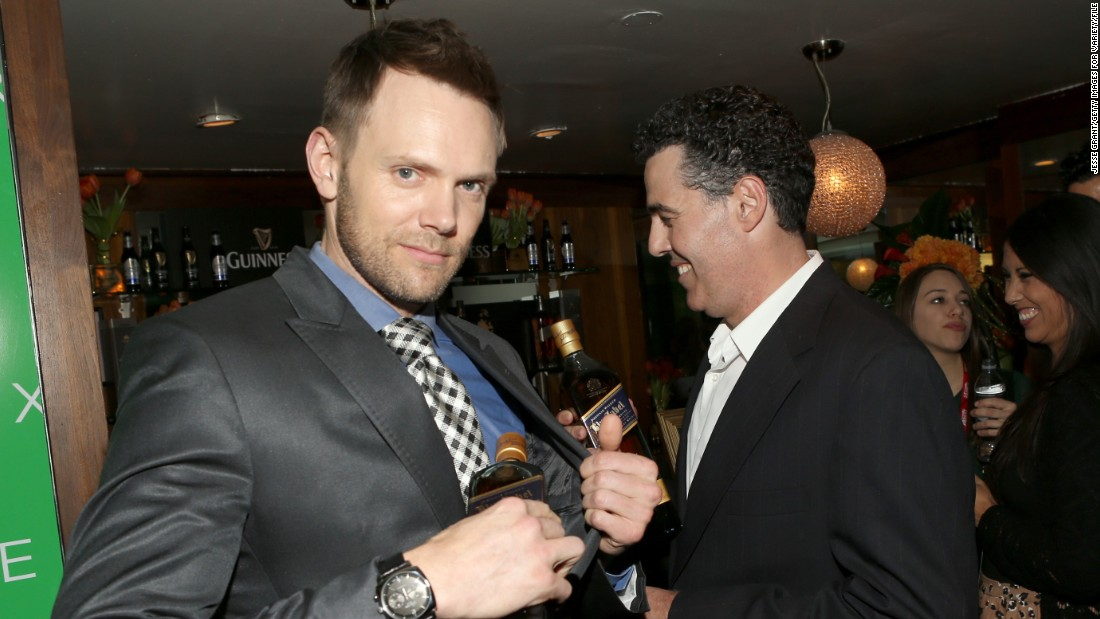 Joel McHale and Kevin Hart will be cracking some jokes as part of the Super Bowl fun fest.