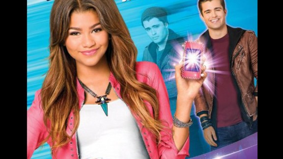 """""""Zapped"""" (2014): A teen finds it hard to adjust to her new family when her mother remarries. (Netflix)"""