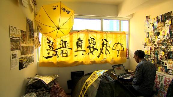 pkg stevens hong kong umbrella revolution occupy hotel_00011011.jpg