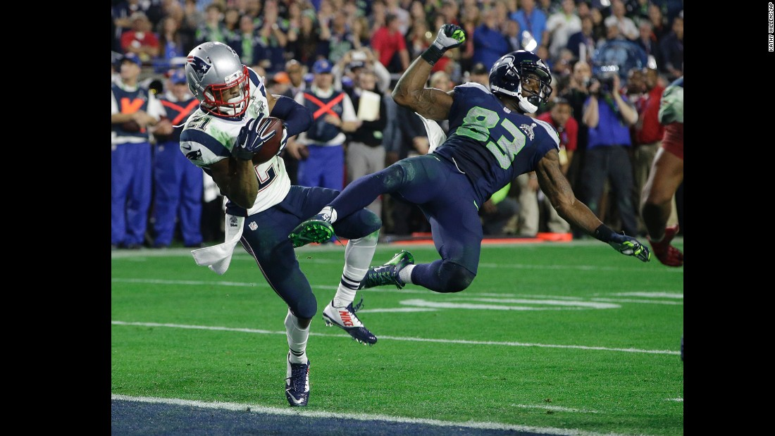Patriots rookie Malcolm Butler intercepts Wilson on the goal line, clinching the Patriots' victory in the last minute of the game.
