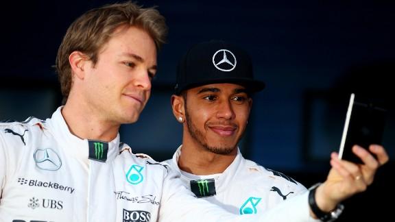 Mercedes' teammates Nico Rosberg (L) and Lewis Hamilton will renew their rivalry in the 2015 F1 season