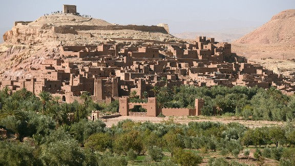 The fortified city of  Ait-Ben-Haddou near Ouarzazate has been featured in numerous films, most famously Ridley Scott's Gladiator, Kingdom of Heaven and 2006 Golden Globe winner Babel by  Alejandro González Inárritu.