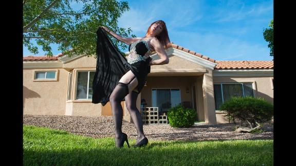 Lovey Goldmine shows some leg in Las Vegas in 2014.