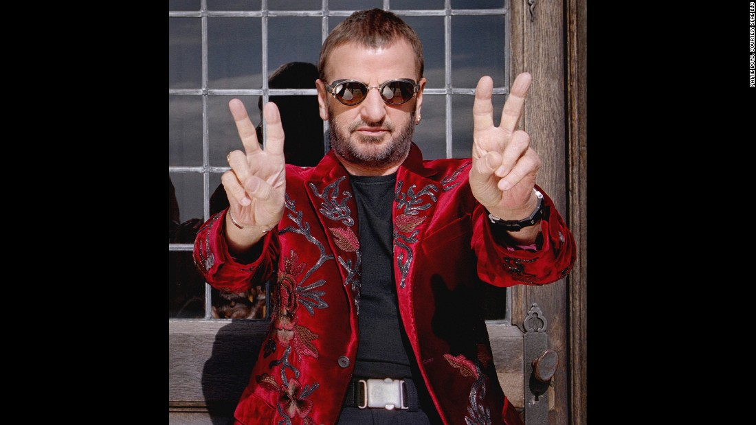 Starr flashes peace signs during a publicity photo-shoot for his upcoming summer tour with The All Starr Band in 2000.