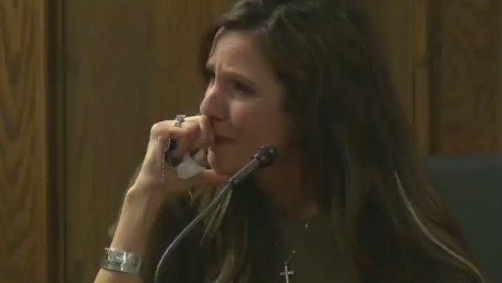'American Sniper' widow breaks down on witness stand