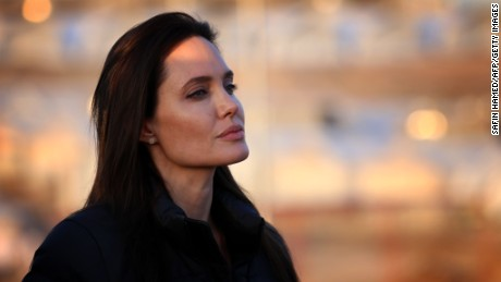 Angelina Jolie has ovaries and fallopian tubes removed