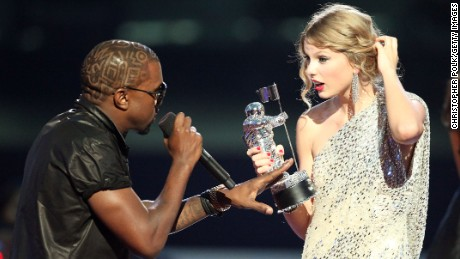 Kanye West steals Taylor Swift's moment during 2009 VMAs