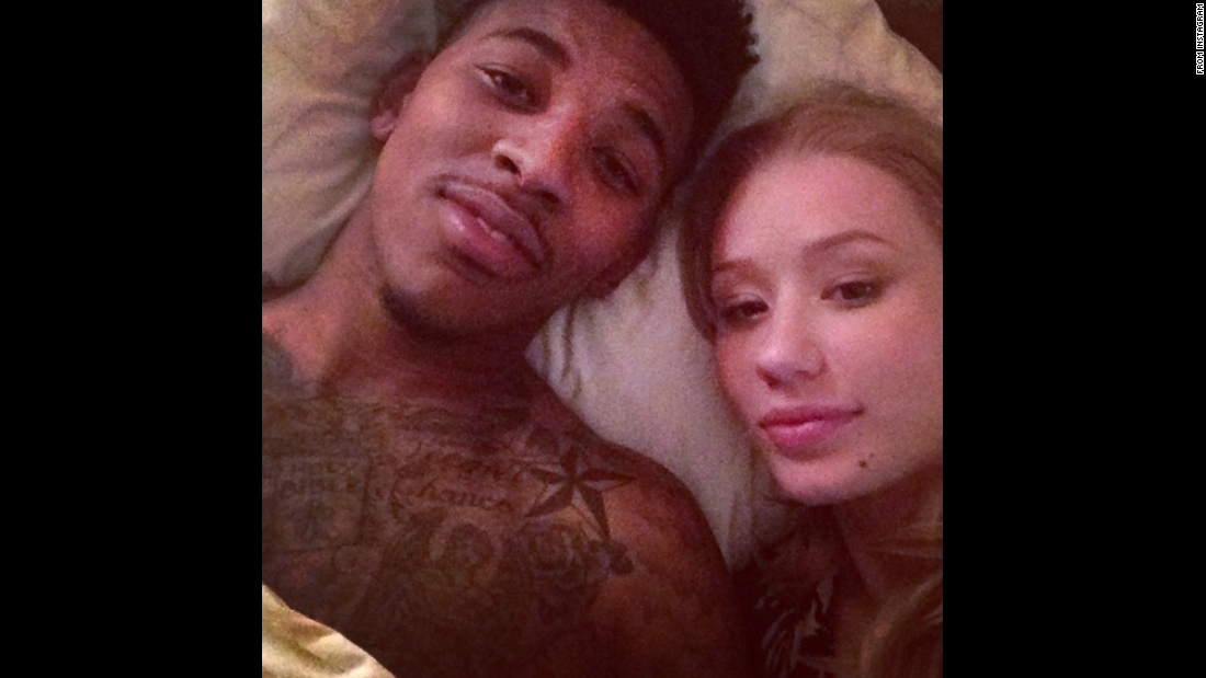 "Rapper Iggy Azalea takes a selfie in bed with her boyfriend, pro basketball player Nick Young. ""Happy Valentine's Day all the way from Hawaii. I love yooooouuuu @swaggyp1,"" <a href=""http://instagram.com/p/zHYKEMrqFP/?modal=true"" target=""_blank"">she wrote on Instagram.</a>"