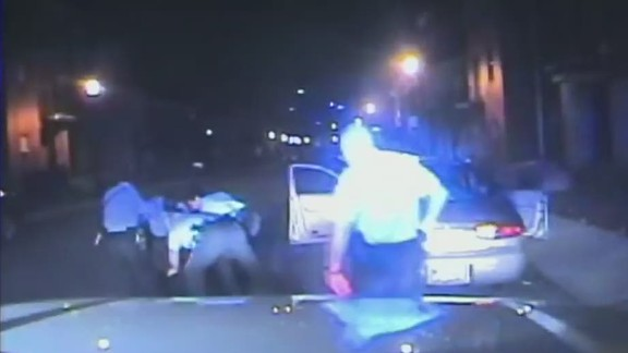 pkg officer turns off dashcam during arrest_00003702.jpg