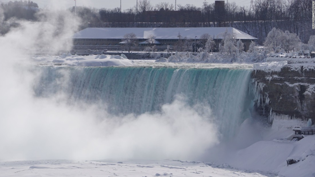 "The National Weather Service said <a href=""http://www.cnn.com/2015/02/19/travel/feat-great-lakes-niagara-falls-frozen/index.html"">extremely cold Arctic</a> air allows for expansion of ice -- sometimes called an ""ice bridge"" -- across the river."