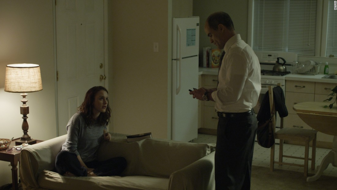 Doug Stamper (Michael Kelly) is Frank's unwaveringly loyal chief of staff. Doug's life grew complicated when he became obsessed with Rachel Posner (Rachel Brosnahan), a prostitute they used to sabotage Peter Russo's career. Doug tried to keep Rachel out of sight in a suburban apartment, but his plan backfired when she turned on him at the end of Season 2.