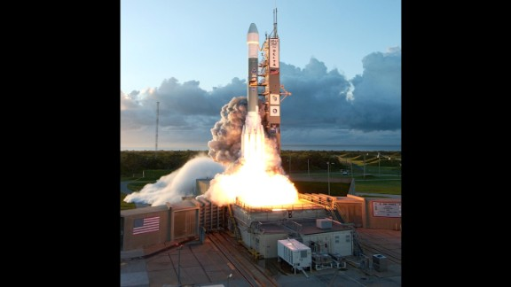 Dawn's mission started at 7:34 a.m. ET on September 27, 2007, at Cape Canaveral, Florida. Dawn was launched into space on a Delta II rocket.
