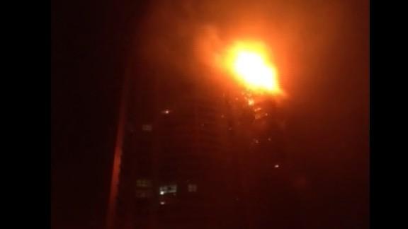 cnni vo mann dubai skyscraper fire2