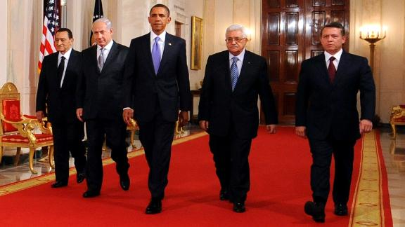 From left, Egyptian President Hosni Mubarak, Netanyahu, US President Barack Obama, Palestinian President Mahmoud Abbas and Jordan's King Abdullah II walk to the East Room of the White House to make statements on the Middle East peace process on September 1, 2010.