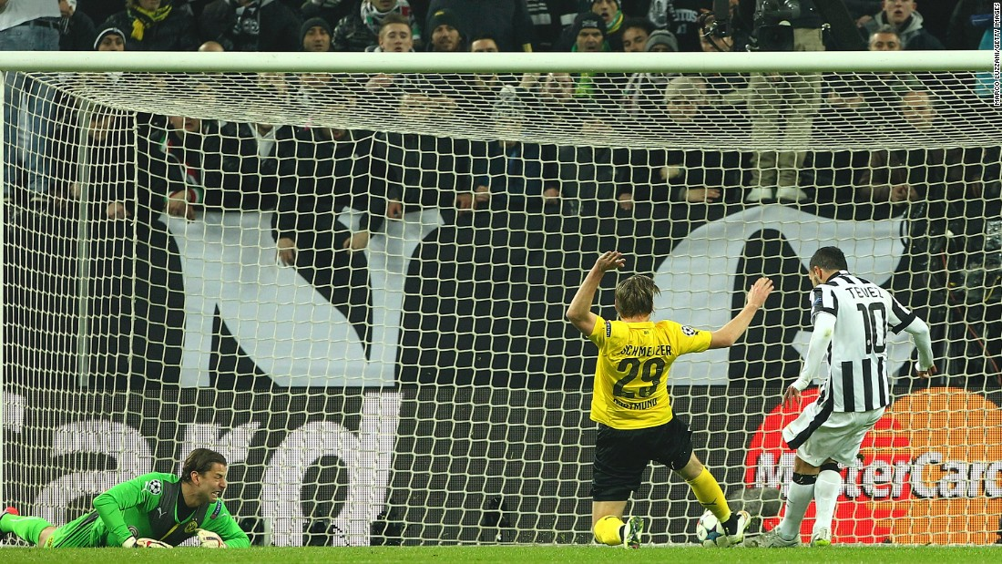 In Tuesday's other Champions League game, Juventus downed Borussia Dortmund 2-1 in Turin. Carlos Tevez scored early to give Juve a 1-0 lead.