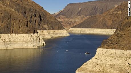 Šokující čísla za krizí sucha v Lake Mead
