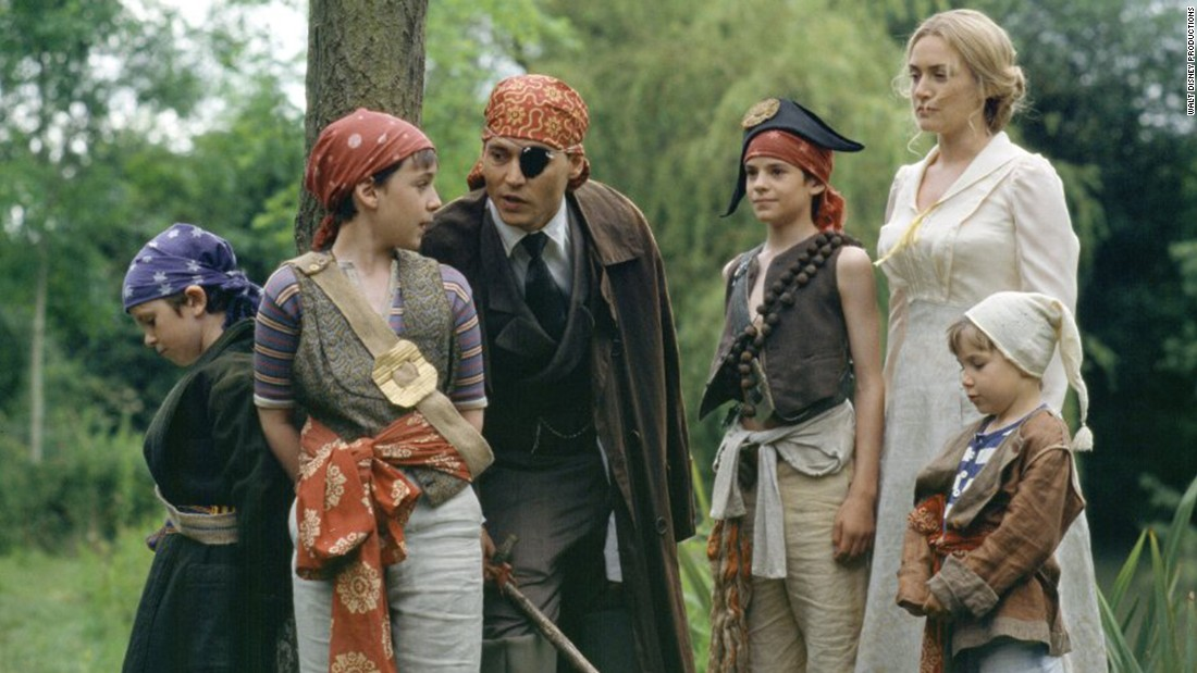 "<strong>""Finding Neverland"" (2004) : </strong>The story of author J.M. Barrie's friendship with a family who inspired him to create the legendary Peter Pan stars Johnny Depp and Kate Winslet. (Netflix)"