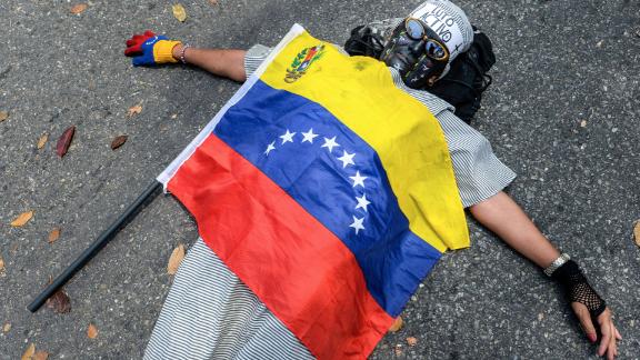 Este miércoles distintos sectores protestaron por la muerte de Kluivert Roa, de 14 años, no solo en San Cristóbal, sino también en otras ciudades del país como Maracaibo, Mérida y Caracas.