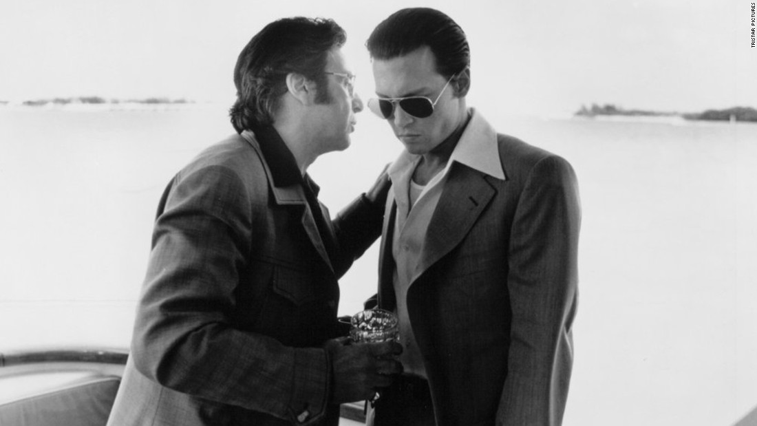 "<strong>""Donnie Brasco"" (1997) :</strong> An FBI agent goes undercover to infiltrate the mob in this film which is based on a true story. <strong>(Amazon Prime)</strong>"