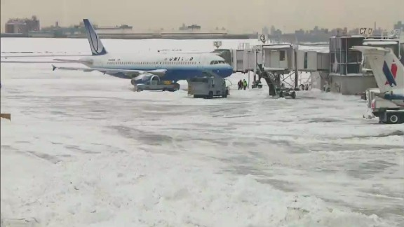 Braving winter travel_00005605.jpg