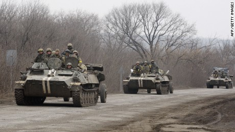 US will provide anti-tank weapons to Ukraine, State Dept. official says