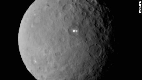 Mysterious Ceres images perplex NASA