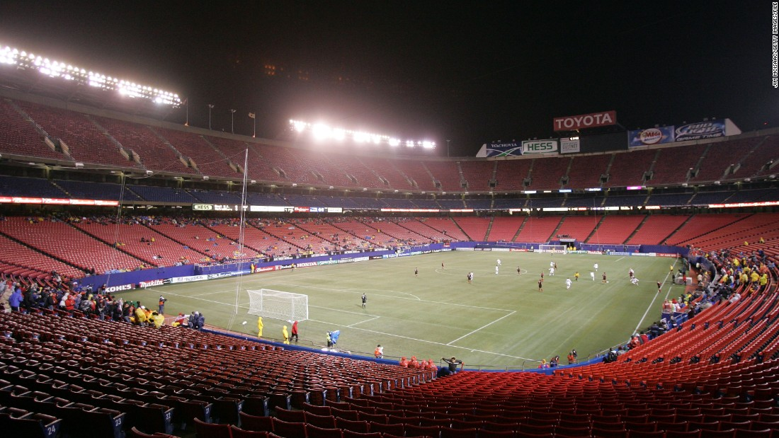 After a promising start, dwindling attendances became a problem at a number of MLS clubs. This 2005 match between the New York/New Jersey Metro Stars and Real Salt Lake was played in front of a paltry crowd at Giants Stadium.