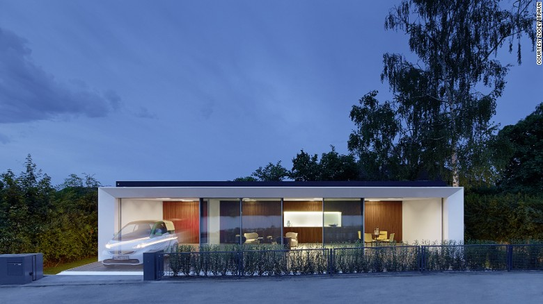 Os arquitetos alemães Aktivhaus dizem que esta casa gera o dobro de energia que consome.