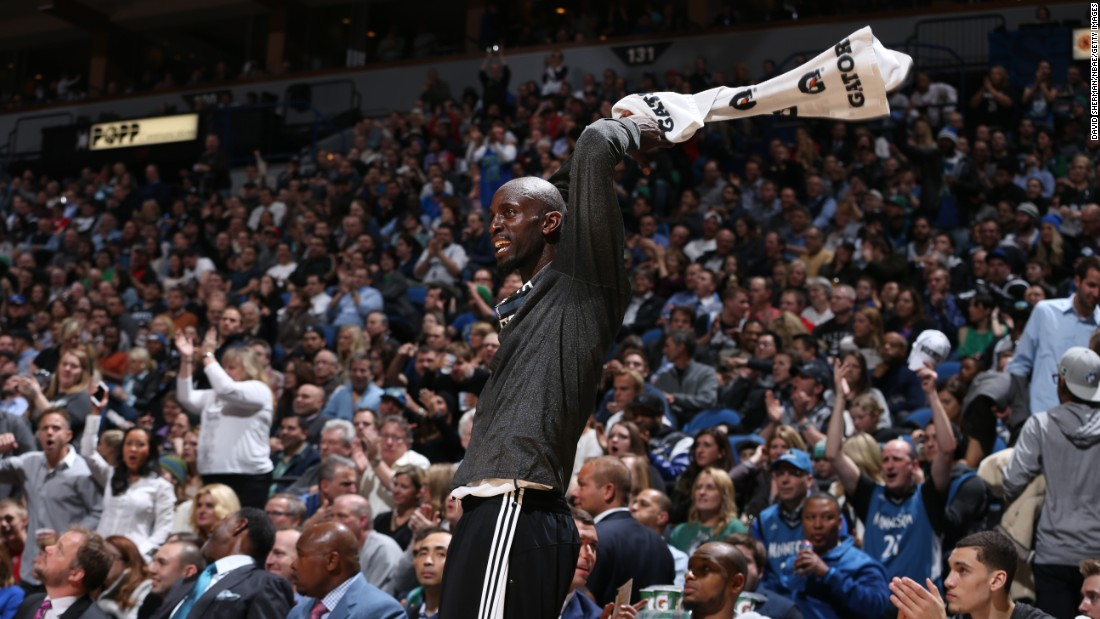 "Kevin Garnett waves a towel on the bench during an NBA game in Minneapolis on Wednesday, February 25. Garnett was recently traded to the Minnesota Timberwolves, the team that drafted him 20 years ago. <a href=""http://www.cnn.com/2015/02/24/sport/gallery/what-a-shot-0224/index.html"" target=""_blank"">See 34 amazing sports photos from last week</a>"