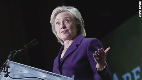 CNN Poll: Clinton rating drops amid email uproar