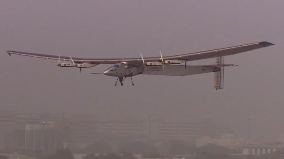 pkg daftari uae solar impulse takes off_00010705.jpg