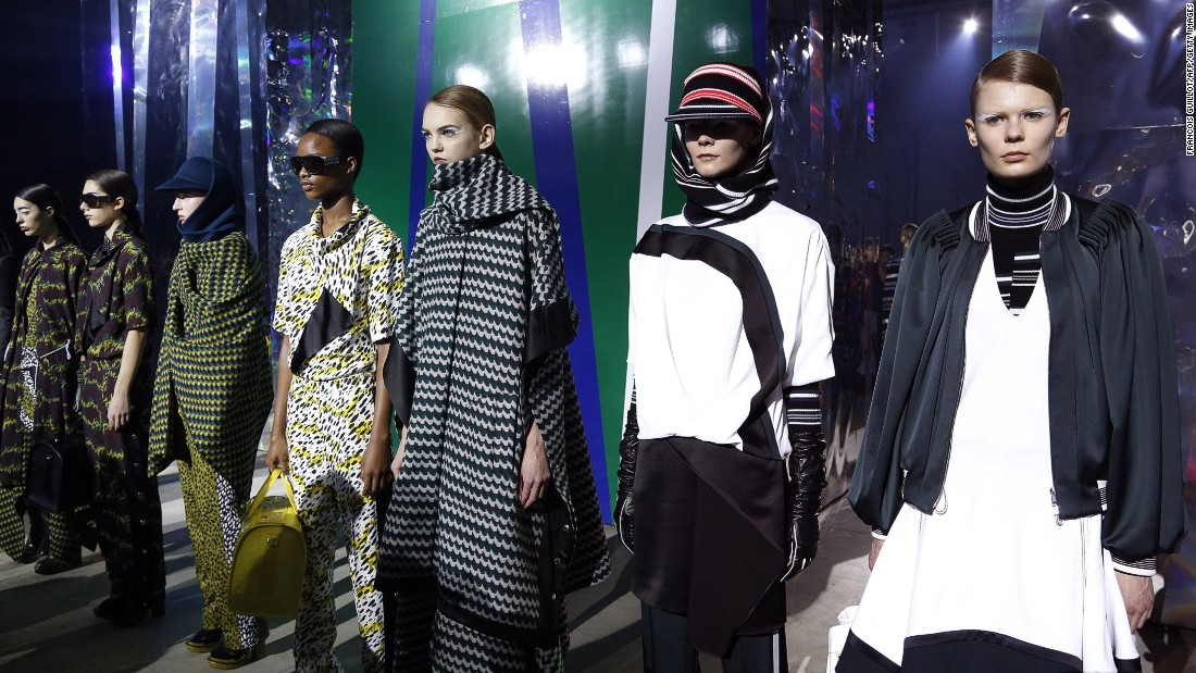 The backdrop at Kenzo was a series of massive holographic columns on wheels that moved around the runway.